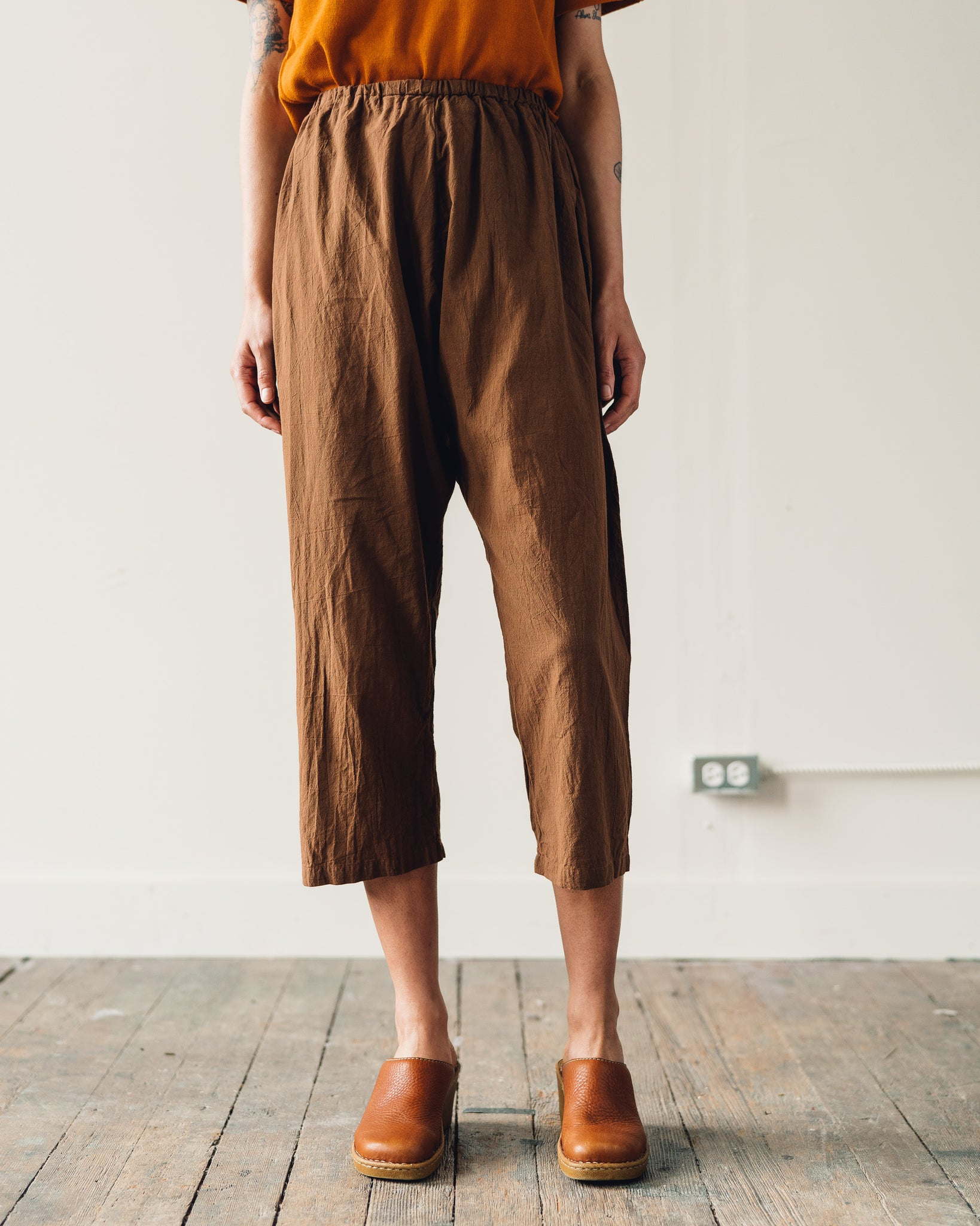 Uzi Drop Crotch Pants, Brown