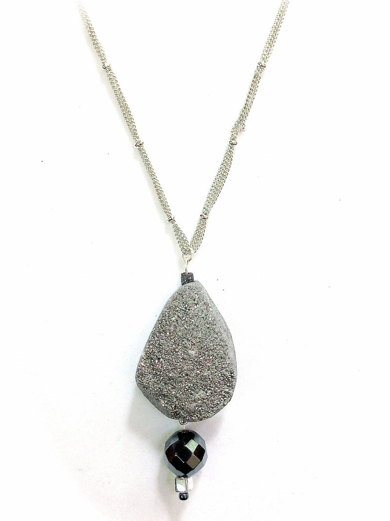 Druzy Quartz & Hematite Pendant Necklace
