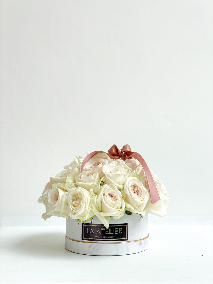 Timeless Mono Ohara Roses in White Marble Bloombox - LA ATELIER SINGAPORE