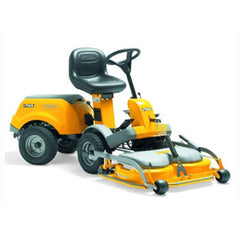 Park Compact 14 HST Ride On Lawnmower. Front mounted cutting decks and genuine articulated steering are signatures of all Park ride-on mowers.
