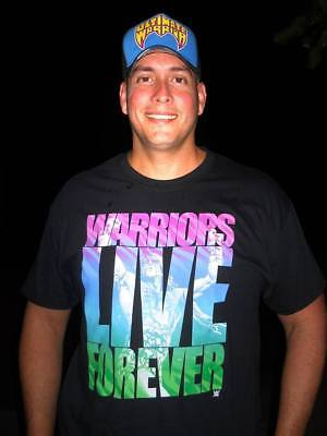 Warriors Live Forever Ultimate Warrior WWE Mens Black T-shirt