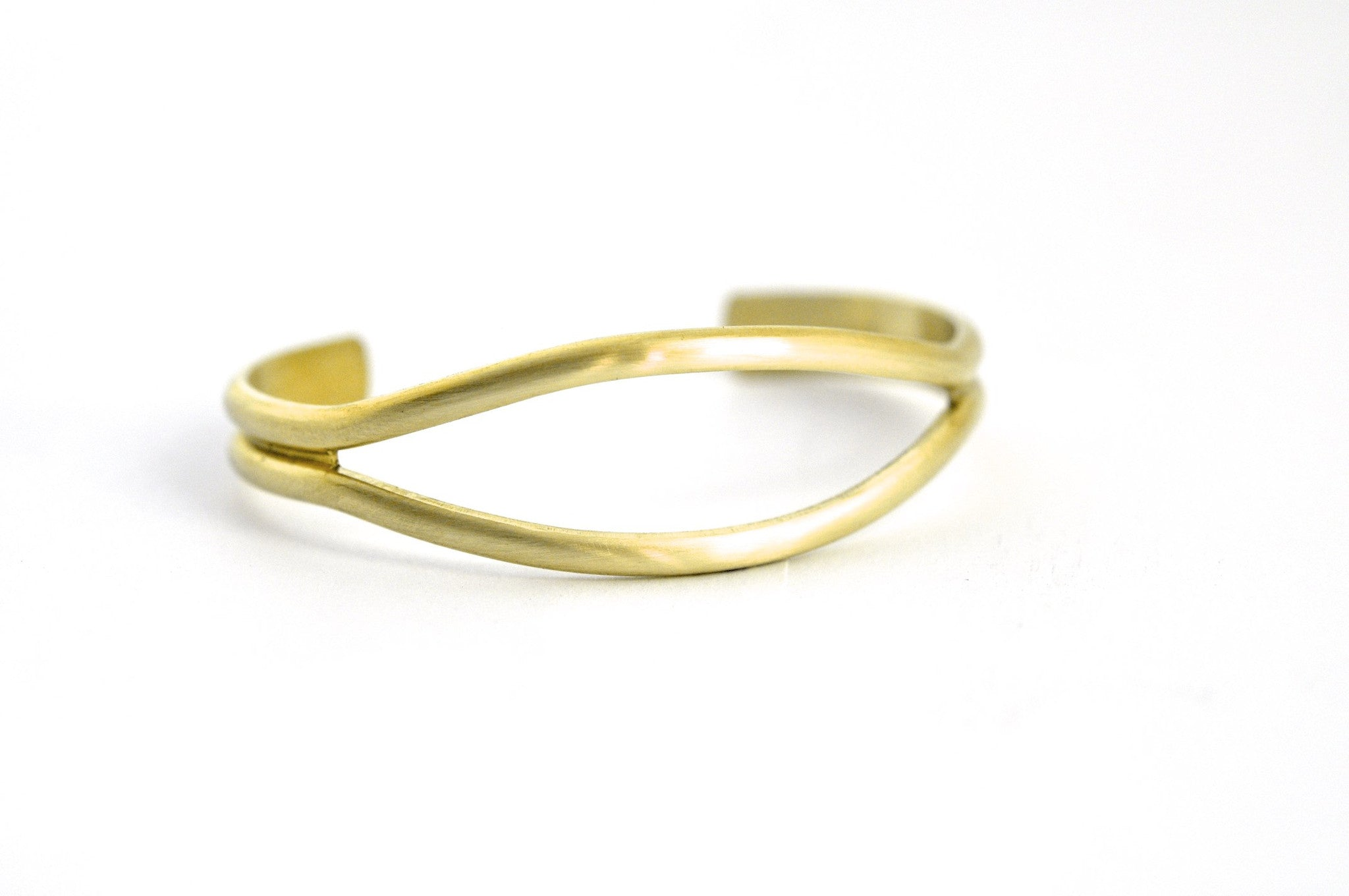 bracelet / brass oval open cuff