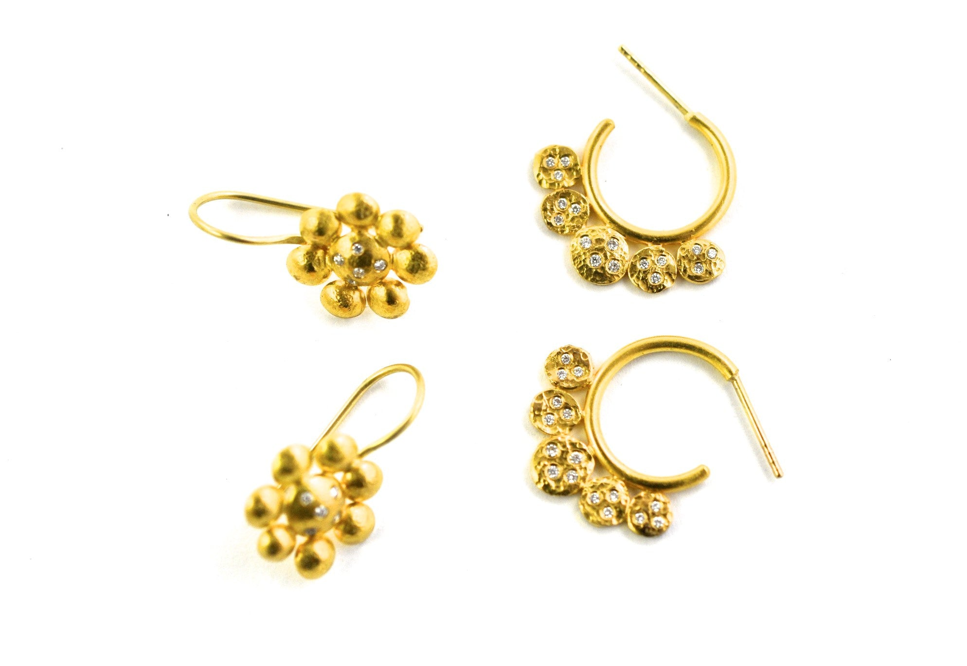 earrings / gold hammered  22k + diamonds hoops