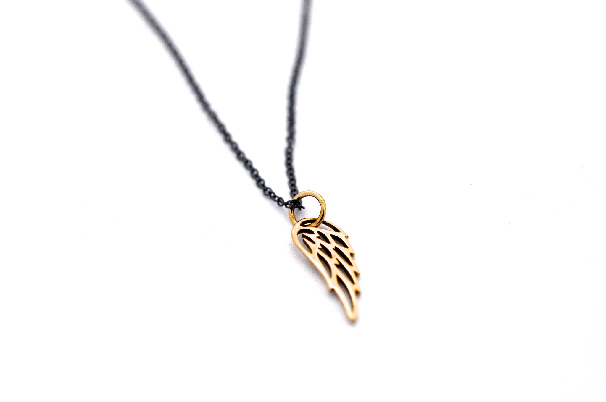 necklace / silver WING charm