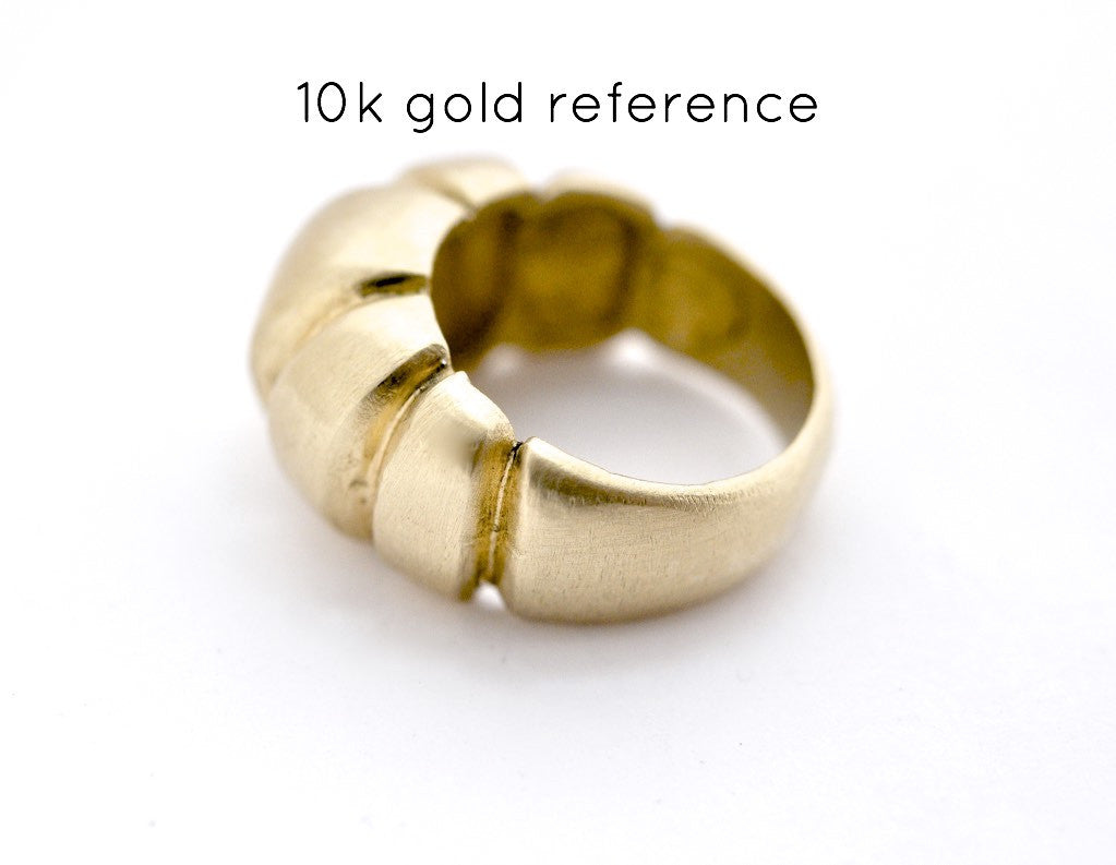 ring / signet ring NOTCHED