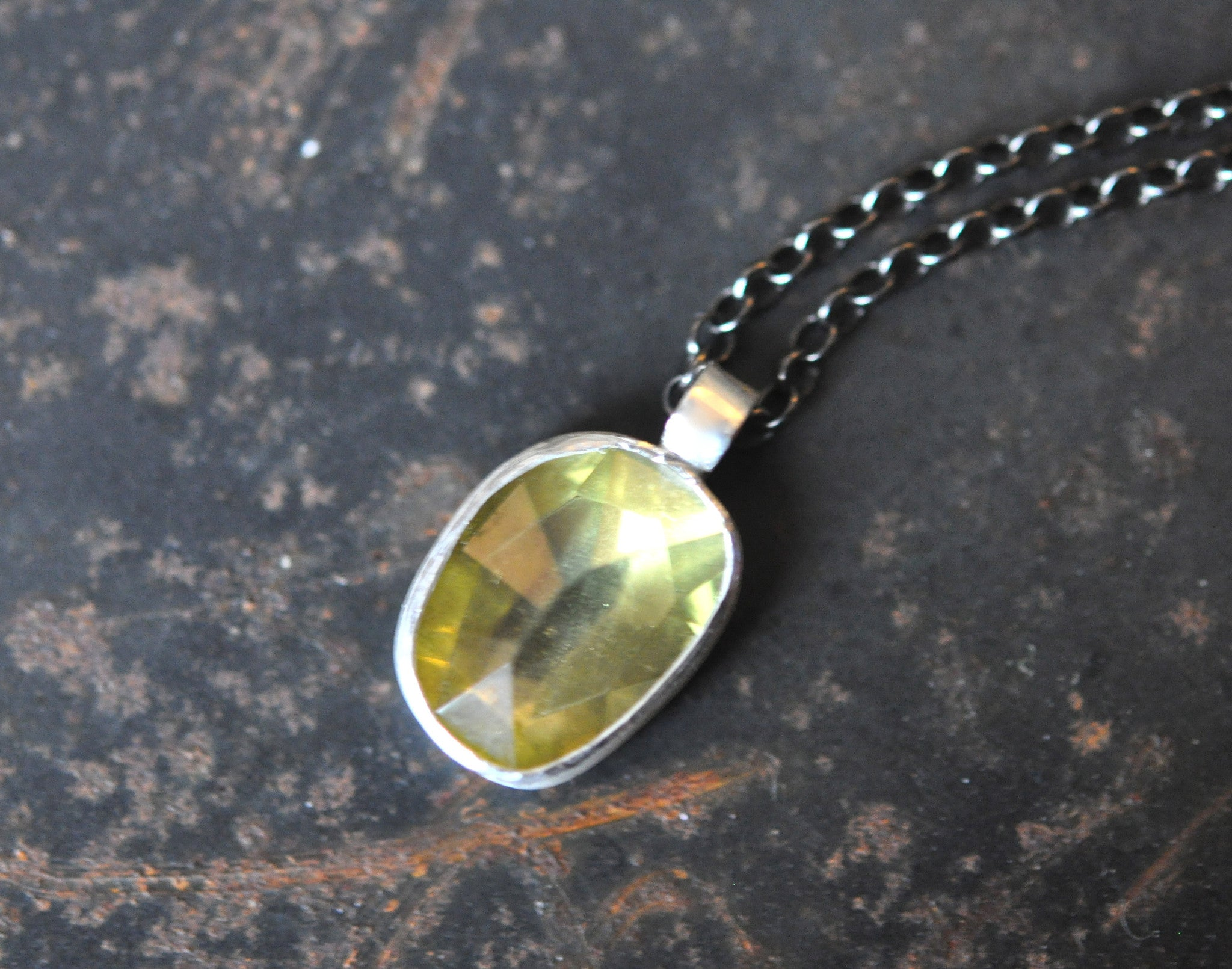 workshop / intro to working with metals + bezel setting gemstones