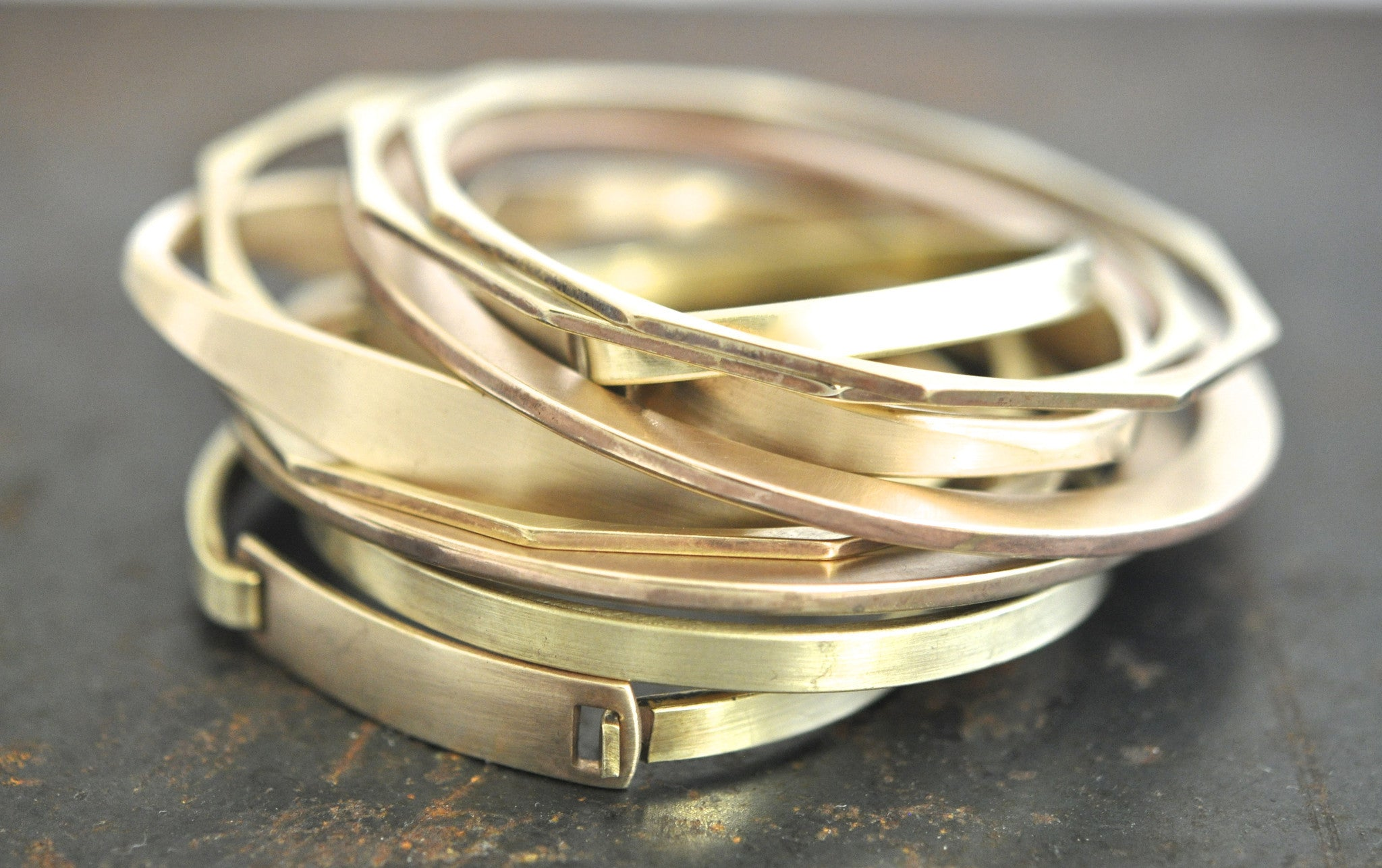 wholesale bracelet/unisex tapered cuff