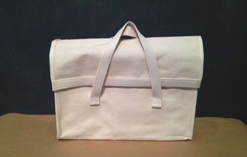 tools / heavy duty utilitarian canvas bag with flap
