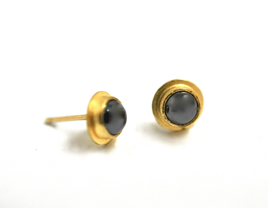 earring / gold 22k + gemstone post earring