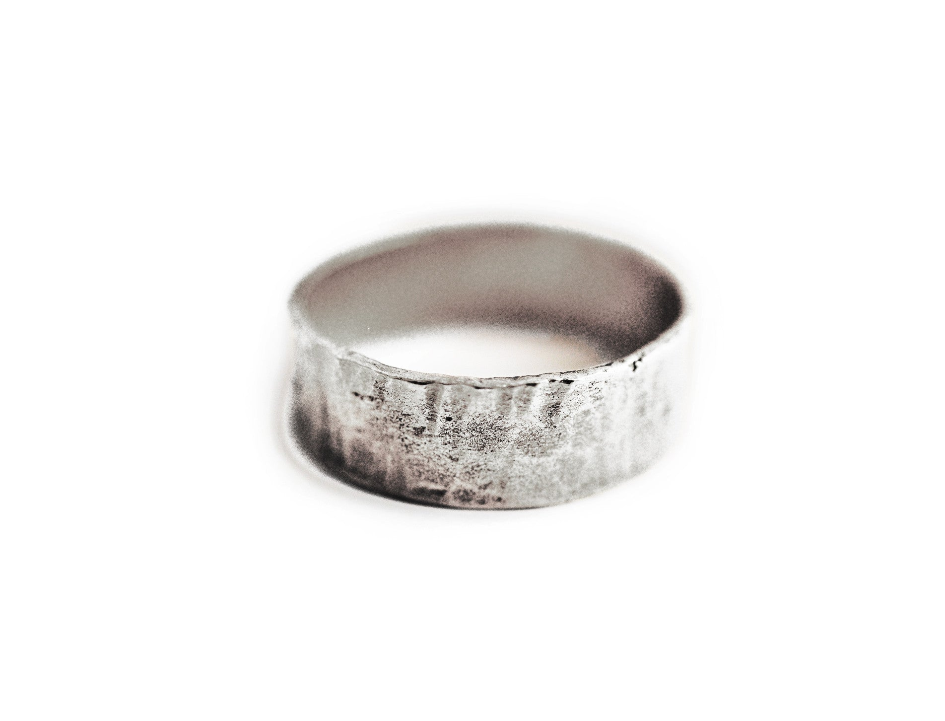 ring / band 5MM HAMMERED