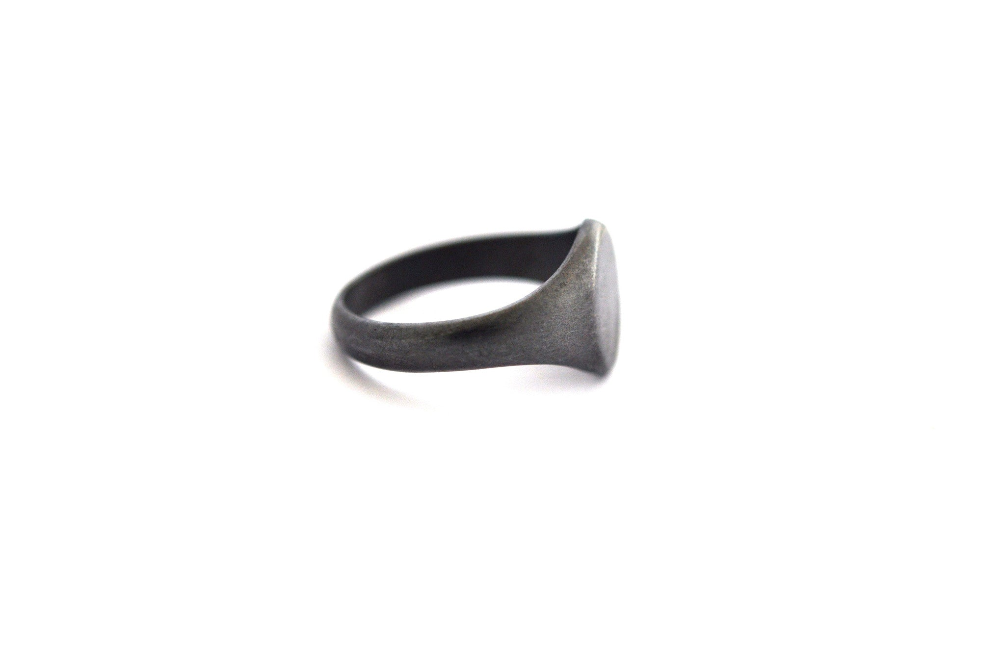 ring / signet ring SIMPLE OVAL