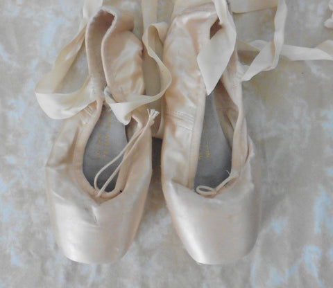 Pointe ballet shoes 4