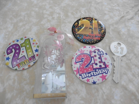 Various girl's 21st birthday items