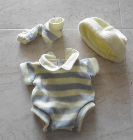 Small BERENGUER BOUTIQUE dolls clothes