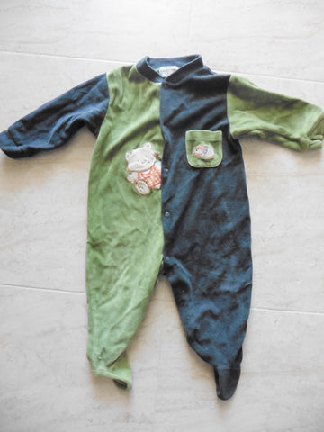 O KIDS MINI green velour babygro 9-12m