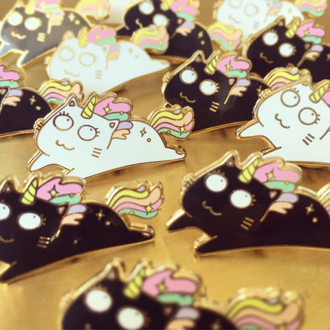 "Enamel pin ""Caticorn"""