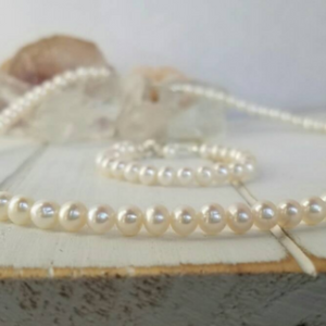AAA Freshwater Pearl Necklace and Bracelet Set - Sterling Silver