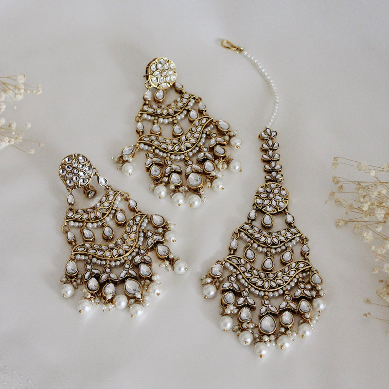 Gulzar Earring & Tikka Set (Gold)