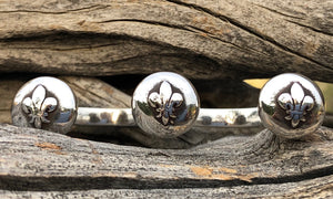 Fleur-de-Lys 3cap-silver - Valou ::: Home of the Original 3cap ring design :::