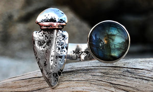 Labradorite Arrowhead 2cap - Valou ::: Home of the Original 3cap ring design :::