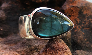 Wide band Labradorite ring #3 - Valou ::: Home of the Original 3cap ring design :::