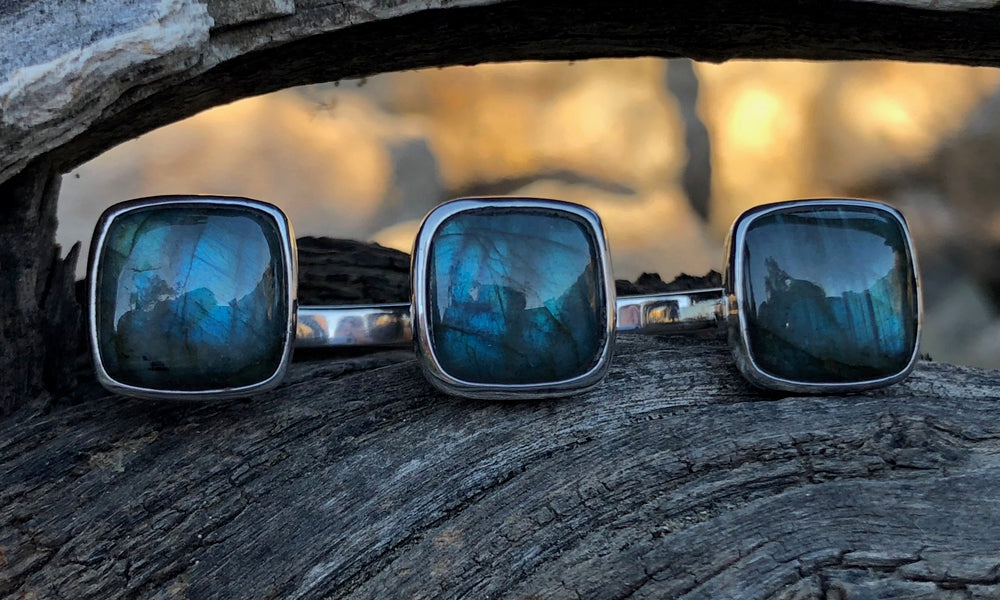 Square Labradorite 3cap - Valou ::: Home of the Original 3cap ring design :::