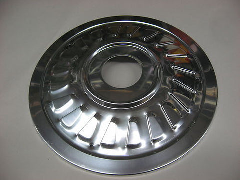 "BSA FRONT WHEEL COVER HUB CAP, 650 8"" 68 TWIN LEADING ALUMINUM"