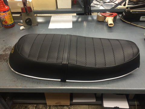 Triumph bonneville single seat conversion