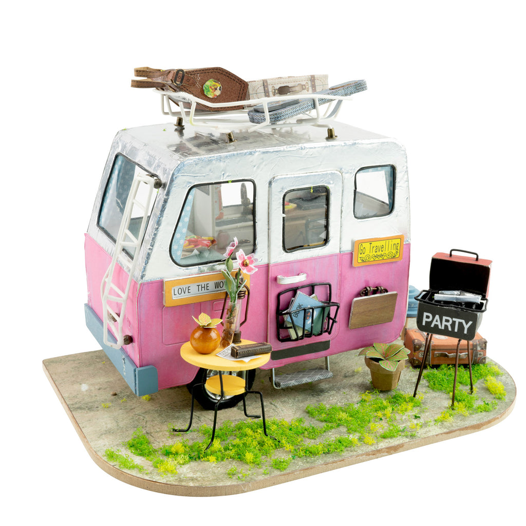 Hands Craft Happy Camper, DIY Miniature Dollhouse Kit-DGM04