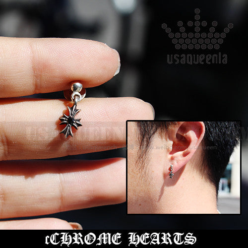 CHROME HEARTS TINY E EARRING WITH BLACK STONE