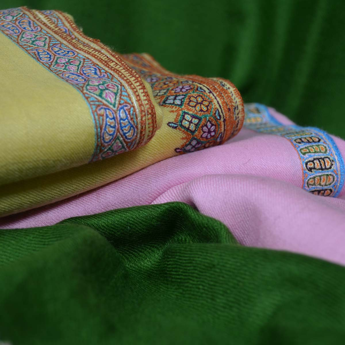 Cashmere Pashmina Border Embroidery Shawls and Scarves