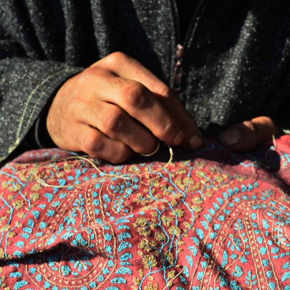 How Sozni Embroidery is done in Kashmir?
