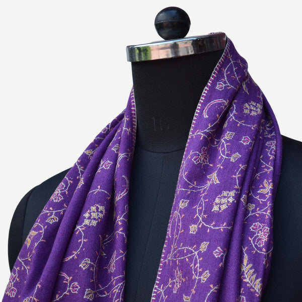 Embroidered kashmir cashmere wool scarf made my kashmiri artisans