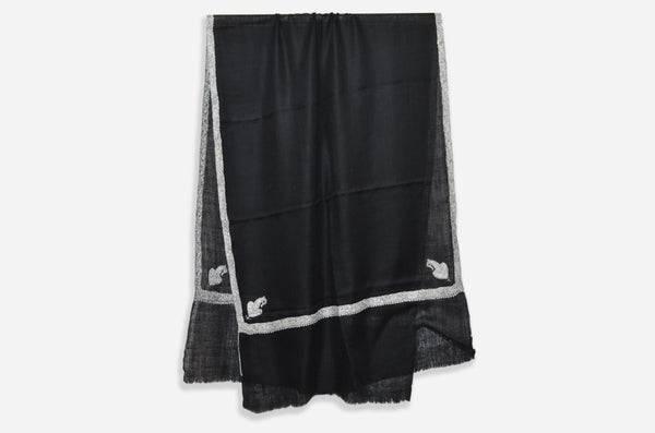 Black Pashmina Stole With Beautifully Crafted Border
