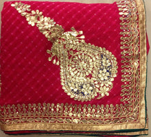 ranas-by-kshitija-pink-mothda-leheriya-saree-with-beautiful-buttas