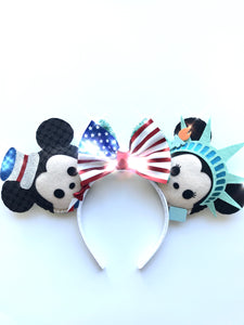 J28: INDEPENDENCE DAY MICKEY/MINNIE