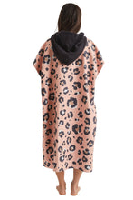 Load image into Gallery viewer, Leopard Pink Changing Poncho- Nomadix