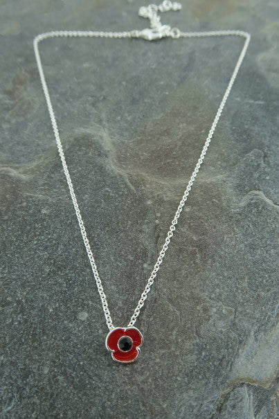 Small Poppy Necklace