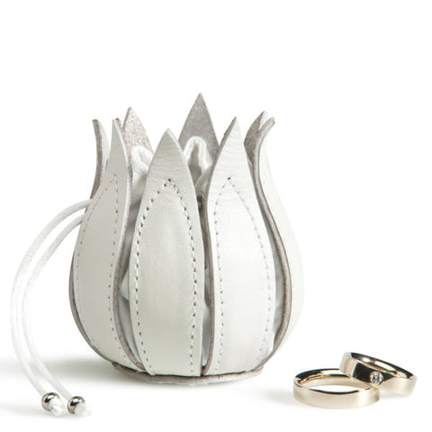 By-Lin Tulip Wedding Ring Holder - White
