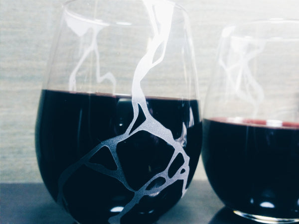 Kintsugi Etched Stemless Wine Glasses - Monster Dance Designs  - 2