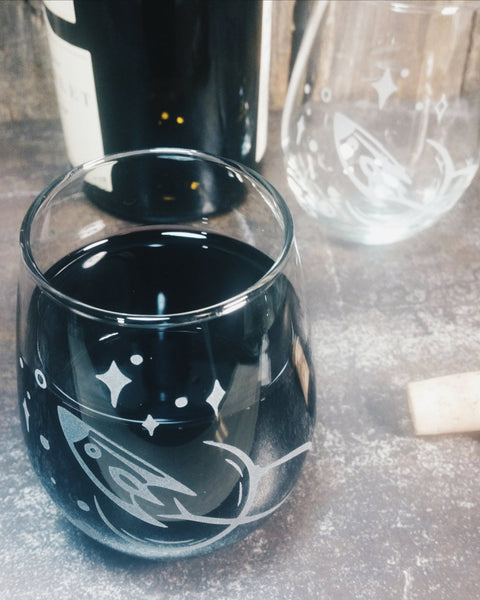 Rocket Spaceship Etched Stemless Wine Glass