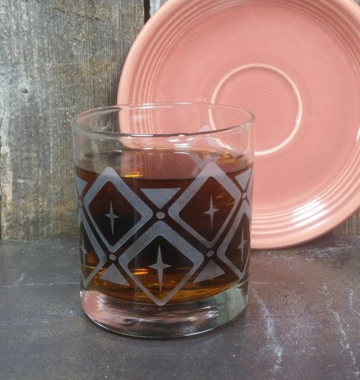 Retro Pattern Diamonds | Etched Engraved Whiskey Glass | Rocks Glass | Mad Men Vegas Style | Vintage Wedding