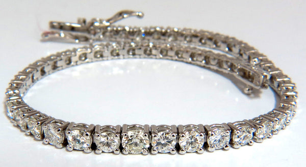 4.26ct natural diamonds graduated tennis bracelet 18kt F/G Vs