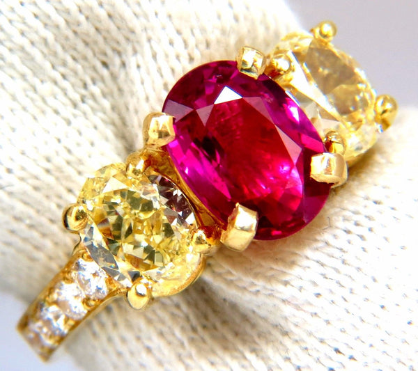 GIA Certified 4.53ct natural No Heat red ruby diamonds ring 18kt fancy yellows