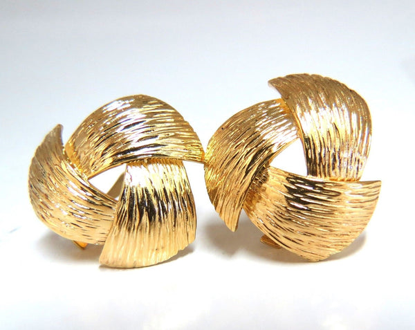 14kt. Three Dimensional Bark Finish Clip earrings