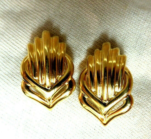 Retro Emblem Shell Statement Clip Gold Earrings 18 Karat Omega