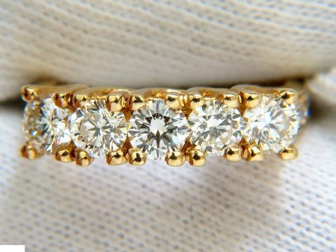 1.82CT DIAMONDS BAND RING WITH PAVE ON SHOULDERS RAISED 14KT