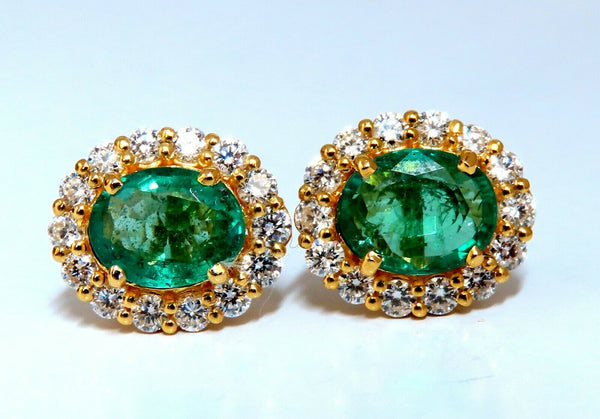3.06ct Natural Oval Emerald Diamonds Cluster Stud Earrings 14kt