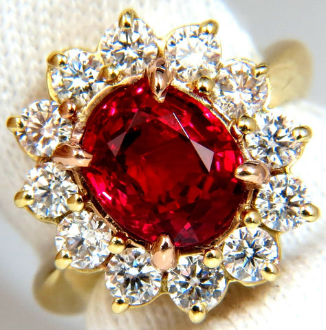 GIA Certified 4.04ct Natural Fine Red No Heat Spinel Diamonds Ring 18kt Unheated