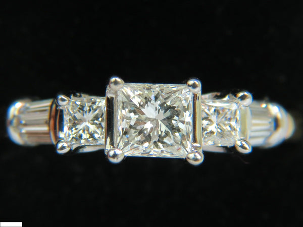 1.30CT CLASSIC PRINCESS NATURAL DIAMOND RING 14KT I/SI-2